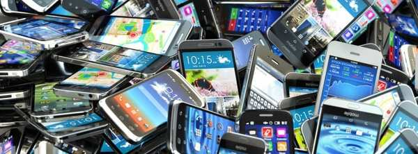 pile-of-smartphones-770x285.jpg